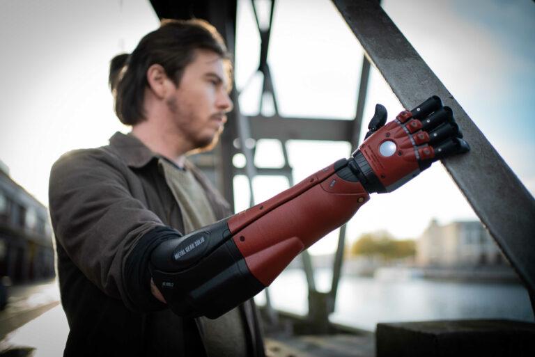 Metal Gear Solid Hero Arm
