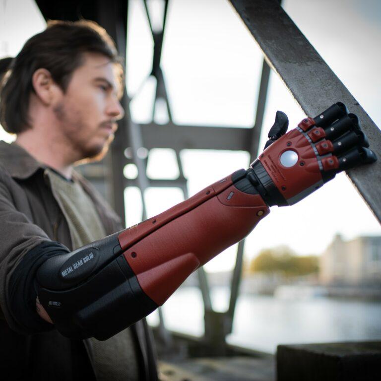 Venom Snake Hero Arm