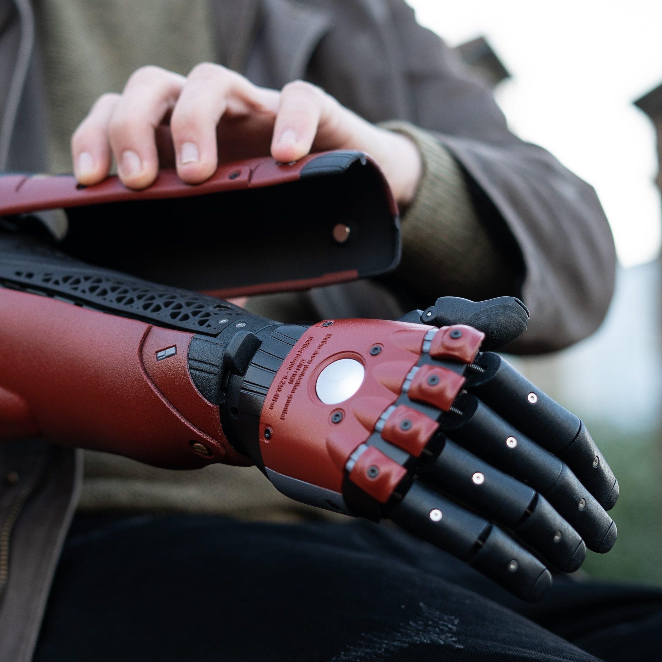Venom Snake Hero Arm Covers